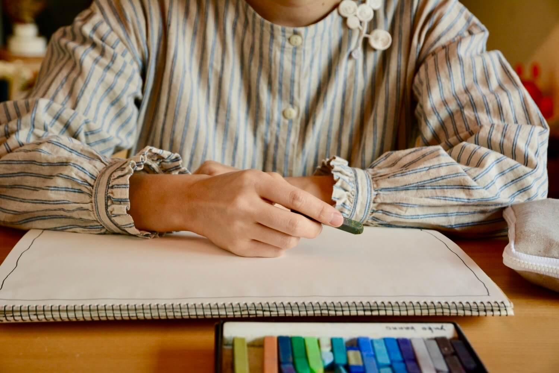 クレヨンで描くお客様イメージ写真